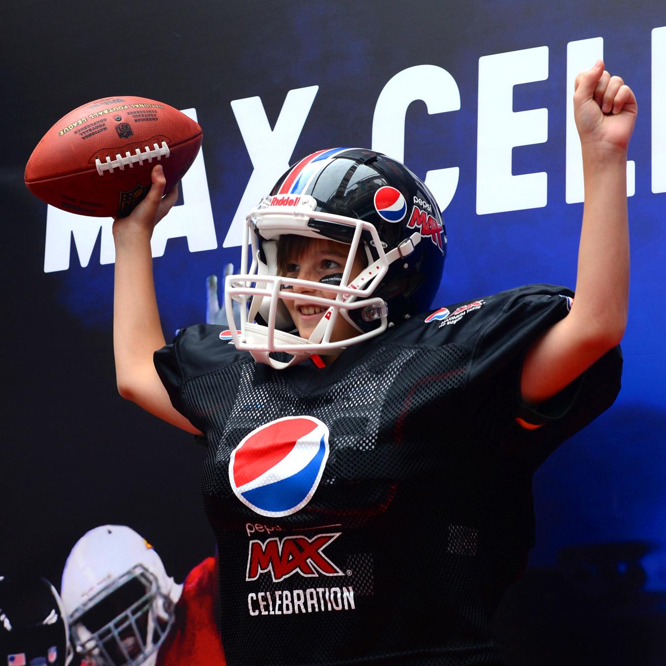 Pepsi-NFL-square-image-02.1